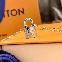 LV Louis Vuitton letter logo necklace men and women couple necklace gift Silvery