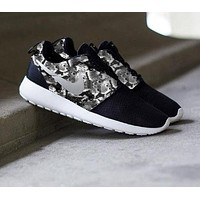 """""""NIKE"""" Roshe Trending Fashion casual sports shoes Scale Print Shoes"""