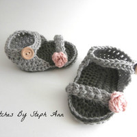 crochet baby sandals, baby clothes, baby girl clothes, baby spring booties, baby shower gift