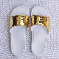 nike simple the gold silver sandals