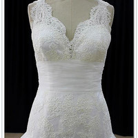 French Lace and Tulle Trumpet Wedding Dress Bridal Gown