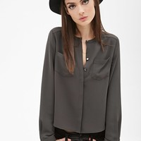 Boxy Crew Neck Buttoned Top