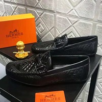 Hermes 2018 new men's fashion casual embossed soft sole shoes