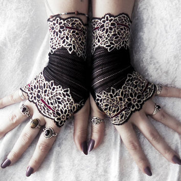 Ishana Lace Fingerless Gloves - Black Pale Gold Champagne Burgundy Floral - Fall Wedding Gothic Tribal Bellydance Goth Bridesmaid Vampire