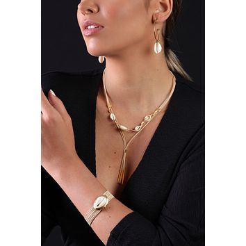 Bohemian Adjustable Large Solitaire Cowrie Sea Shell Bracelet  - 18K Gold Plated