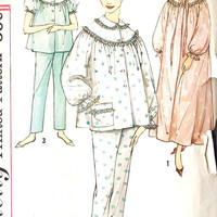 """1960s Misses Pajamas and Nightgown Vintage Sewing Pattern Simplicity 3239 bust 38"""""""