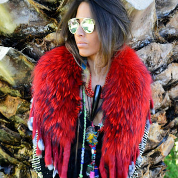 Fur Collar with Fringe in Red