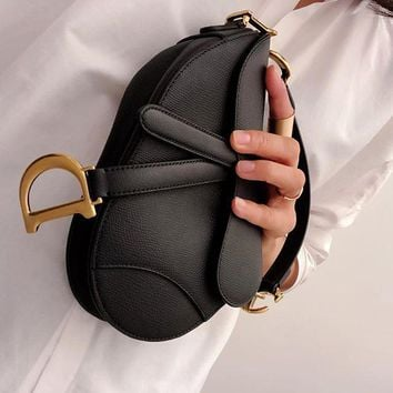 DIOR SADDLE BAG IN BLACK CALFSKIN