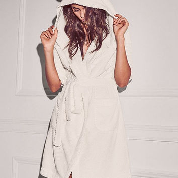 Victoria's Secret VS Lovely Bathrobes Solid Color Pajamas Flannel nightgown