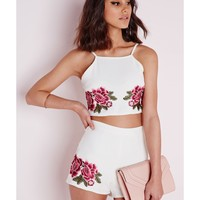 Missguided - Embroidered Rose Crop Top