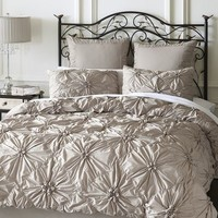 Savannah Bedding & Duvet - Doves