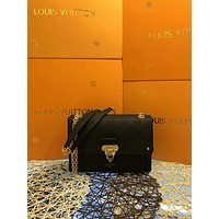 LV Louis Vuitton MONOGRAM LEATHER VAVIN INCLINED SHOULDER BAG
