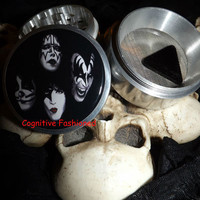 Kiss 4 Piece Grinder Herb Spice Aircraft Grade Aluminum CNC from Cognitive Fashioned