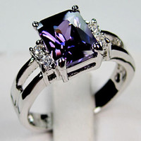 Amethyst 10 KT White Gold Filled Ring, Lady's Finger Rings, Fashion Jewelry Rings Size 7, Autentic Amethyst crystal with white gold rings