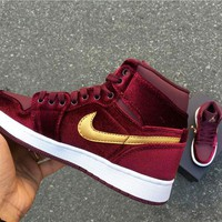Nike Air Jordan Retro 1 High Tops Contrast Sports shoes Burgundy