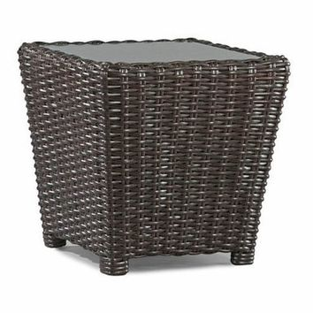 Design Select  Wicker Closed End Table