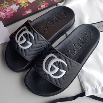 GUCCI Men's slippers