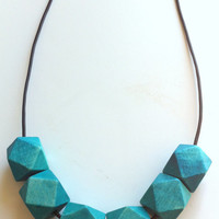 Geometric wood beads necklace