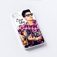 Bruno Mars Playing Guitars iPhone 4/4S, 5/5S, 5C,6,6plus,and Samsung s3,s4,s5,s6