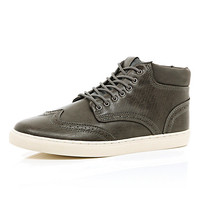 River Island MensGrey textured wing tip lace up chukka boots