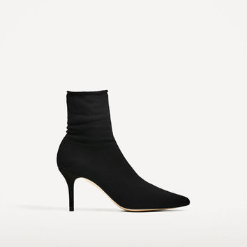 HIGH HEEL SOCK STYLE ANKLE BOOTS DETAILS