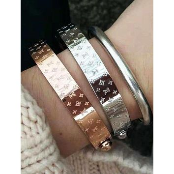 LV Louis Vuitton Fashion Trending Women Men High end Stainless Steel Bracelet