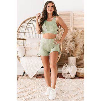 Crossfit Cutie Honeycomb Textured Ruched Spandex Shorts (Pistachio)