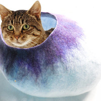 Cat Bed with FREE Cat Ball Toy