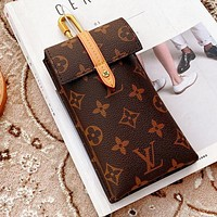 Louis Vuitton LV Women Men Mobile Phone Package Handbag Bag
