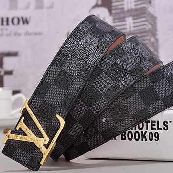 LV Louis Vuitton Monogram smooth buckle belt Black