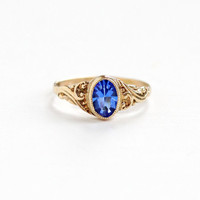 Vintage Simulated Sapphire 10K Rose Gold Baby Ring - Vintage 1920s 1930s Art Deco Size 3 1/4 Midi Small Blue Glass Children's Fine Jewelry
