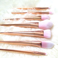 Paint Me Pink 7 Piece Makeup Brush Set