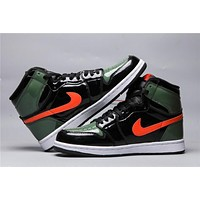 Air Jordan 1 Retro Black/Green/Orange