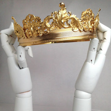 LORDE: Gold Men's Crown made of Brass