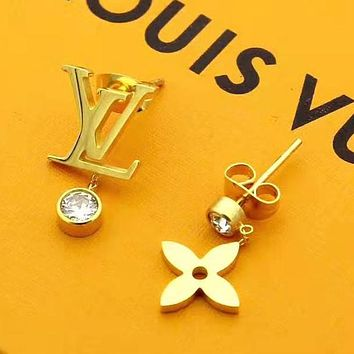 Louis Vuitton LV New Fashion Letter Diamond Personality Earring Accessories Golden