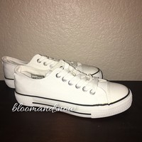 Canvas Shoes - White
