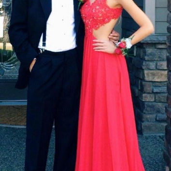Elegant Red Backless Prom Dress with Lace
