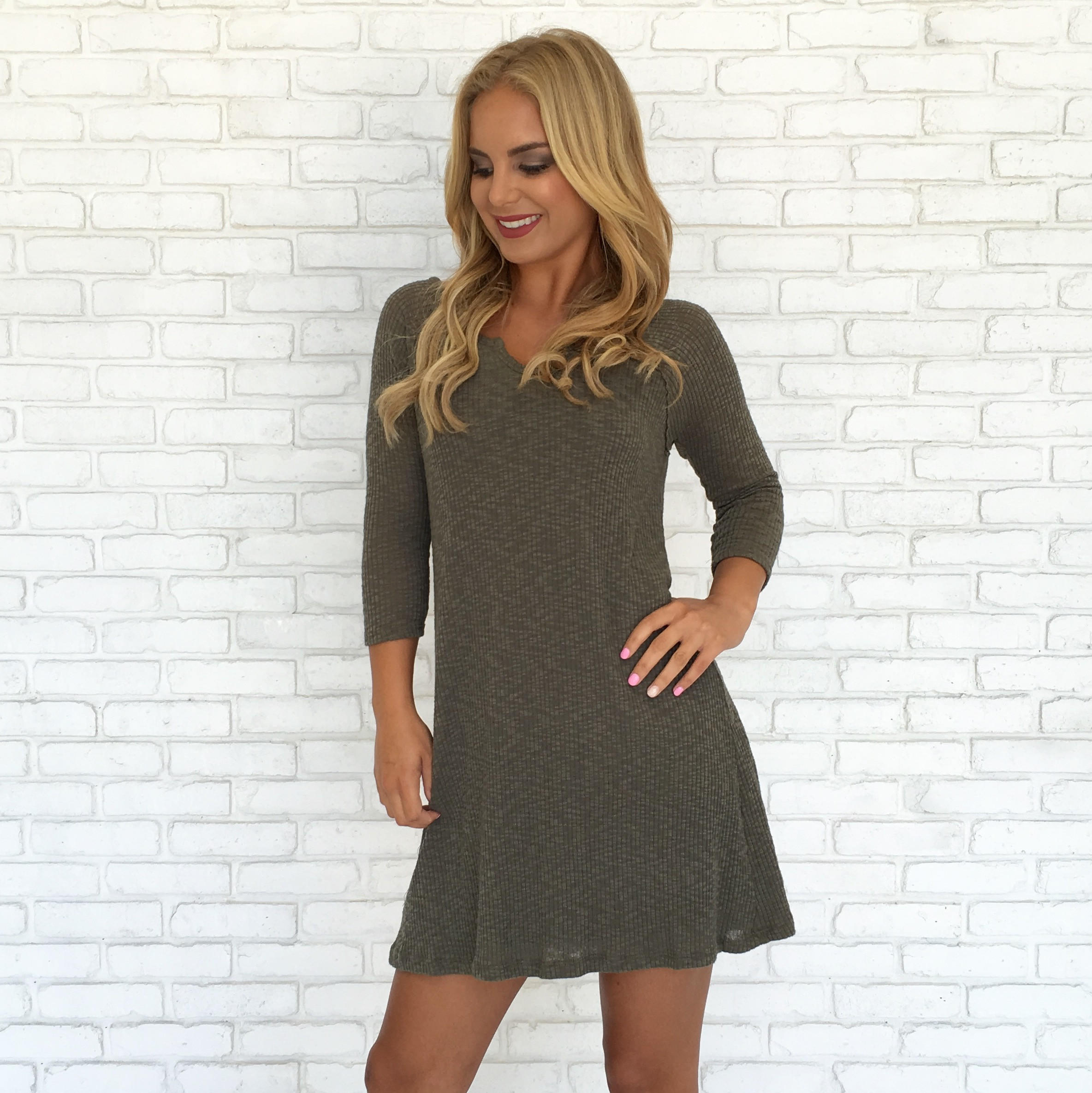 Image of Organic Chemistry Dress In Olive