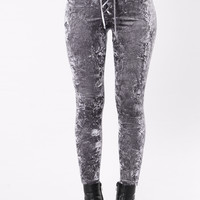Crushing Over You Leggings - Charcoal