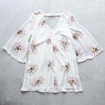 final sale - honey punch - soft floral bell sleeve chiffon shift dress