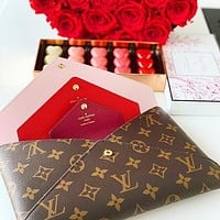 Hipgirls LV Hnadbag Louis Vuitton Makeup bag Three Piece Suit Print Coffee Red Internal Handbag Envelope Bag