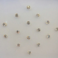 32 Small Size white crystal Fake nose stud Dot Bindi, Rhinestone Bindis, face jewels, Eyebrow Jewel,face gems
