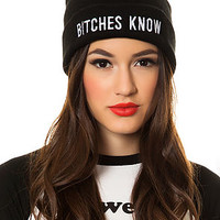 The Knowing Beanie in Black