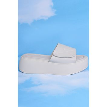Life of Leisure Platform Velcro Slides - Marshmallow