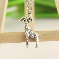 necklace--giraffe necklace,antique silver charm bracelet,love jewelry,alloy chain