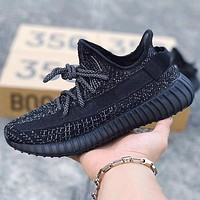 Hipgirls Adidas Yeezy Boost 350 V2 Women Men Sports Sneakers Fashion running shoes Black
