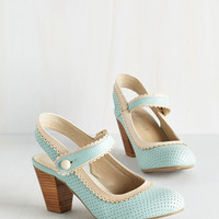 Vintage Inspired Be Bright There! Heel in Mint