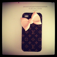 Faux louis Vuitton phone case with light peach bow