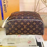 LV LOUIS VUITTON Fashion New Leather Handbag Leisure Cosmetic Bag