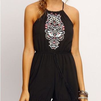 Jumpsuit Fashion Print Sexy Rompers 2016 New Halter Black White Lace Summer Romper Women Casual Jumpsuit Tribal Print